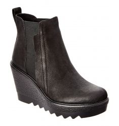 Vince Camuto Danisa Leather Bootie