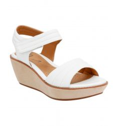Clarks Women's Hazelle Alba Leather WedgeSandal