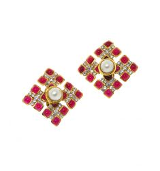 Pre-Owned: Chanel Vintage Red Gripoix Pearl Square Earrings